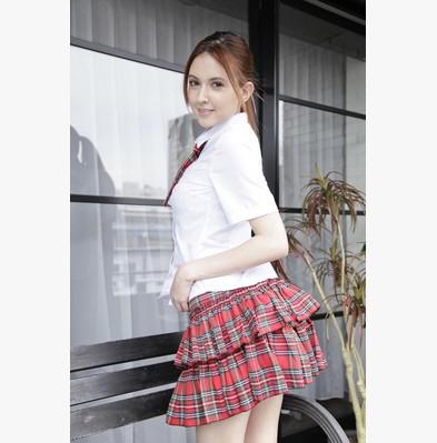 東京高校!日本經典格紋短裙學生服 – AV女優瀧澤蘿拉代言