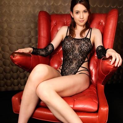 耀眼身軀!性感透明綁帶連體衣 – AV女優瀧澤蘿拉代言