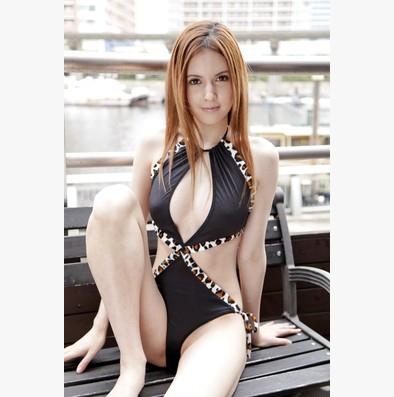 惡魔心機!性感純黑情趣誘惑套裝 – AV女優瀧澤蘿拉代言